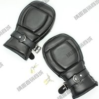 Wholesale Black Leather Locking Goth Padded Mittens Gloves Dog PAW PALM Lockable Gloves