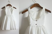 Wholesale Simple elegant white country style girl dress flower girl Dresses scoop neck sleeveless kids dress girls gown with ruched
