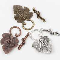 antique copper jewelry - Hot sell Antique Silver Bronze Copper Grape Leaf Toggle Clasps Jewelry Findings Clasps Hooks Jewelry DIY L872
