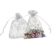 Wholesale 500pcs cm Organza Candy Bags White Snowflake Print Drawstring Jewelry Pouches Flavor Holders XFR1