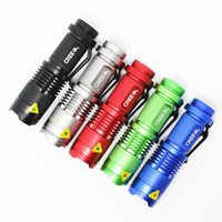 Wholesale 4 Colors W LM CREE Q5 LED Zoomable Zoom Flashlight Torch Lamp Focus Lighting Gift