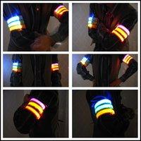 Wholesale Sports outdoor Running walking cycling LED bracelet for safe men women Running Armband LED Sports Armband Flashing Safety Light at night