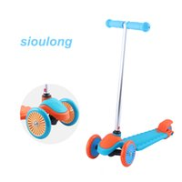 Wholesale Christmas Gift Outdoor Children foot Scooter Colorful wheels tricycle scooter Mini skate board Kids Children Kick Scooters Extreme sport