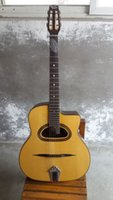 Wholesale D hole Jango acoustic guitar solid spruce top professional guitar