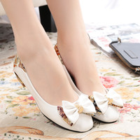 Wholesale Drop Shipping New hot selling lady s Sexy low Heels Peep Toe sweetness princess shoes young girl Pumps Wedding sandals Shoes