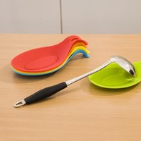 Wholesale Vorkin Random Color Silicone Spoon Rest Heat Resistant Kitchen Utensil Spatula Holder Cooking Tool