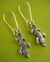 alligator earrings - Fashion Pair Vintage Silver Alligator Charms Pendants Drop Earrings DIY Jewelry Handcrafted P703