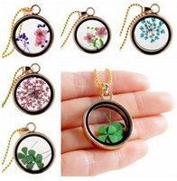 Wholesale 2015 Fashion Floating Charm Glass Roundness Dried flowers Pendant Necklace Lovely Natural Organic Dried Flower Glass Statement Necklaces