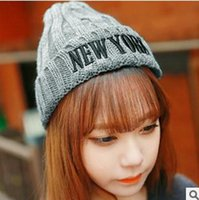 Wholesale Crimping Knitted Hat For Women NEW YORK Colors Mix New Arrvial B5