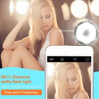 Wholesale Multifunctional RK Diamond selfie LED flash light Fill in light three level of brightness selfie LED light for IOS Android smart phones