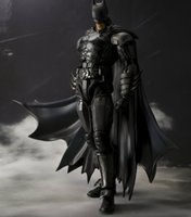 PVC bat man action figures - Bat Man Action Figure In Justice Bat Man S H Figuarts CM Anime Model Toys Juguetes Movie Cartoon SHF Toy