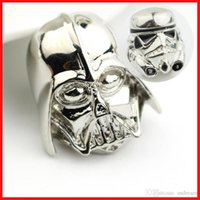 Wholesale 2 models star wars brooch alloy Darth Vader Jedi Knight brooches pins Star Wars Brooches mask badge hat pins movie jewelry