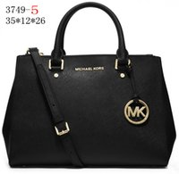 Wholesale Backpack Classic NEW STYLE Michaels bags women MCM fashion summer chain bag Shoulder Bags women Leather bag