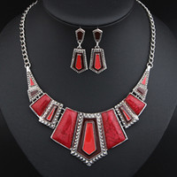 Wholesale Vintage Jewelry Silver Plated Enamel Geometric Pendant Necklace Earrings Set Bib Statement Jewelry Set for Women T105