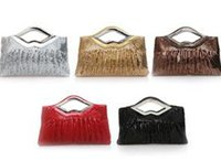 Wholesale Bridal Hand Bag Crysta Clutch bag Evening banquet Business Wedding handbag Purse Sequined long chain Fashion European style bags