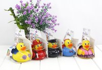 bathing temperature - 2016 Baby Bathing Measurement of Water Temperature Duck Novelty Children Bathe Water Spray Toy Swiming Duck Gifts