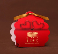 Wholesale 100pcs Chinese red Wedding Carton Candy Box ribbon Hot stamping LOVE Laser Cut Candy Gift Boxs Wedding Party Favor Box THZ118