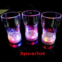 beer mug club - G104 LED Light Flashing Decorative Beer Mug Drink Cup For Parties Wedding Clubs S retail