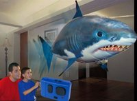 Wholesale RC Remote Control Air Flying Fish Shark Clownfish Inflatable Toy Swimming Fish Swimmers In The Air DHL Free
