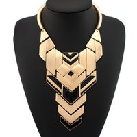 vintage costume jewelry - Gothic Style Choker Torques Fashion Semigloss Gold Metal Piece Combination Statement Short Necklace Vintage Costume Jewelry N760