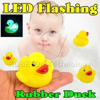 baby changing kit - Cute Yellow Duck Bath Flashing Light Toy Baby Kits Bathroom toys Led Change Multi Colors Bath Duck Lovely Gift for Child