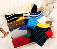 Wholesale 2015 New Arrived Mans Fashion Cotton Stirpe Style Business Man s Socks Color Random Delivery