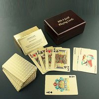 Wholesale New Fashion Gifts Gambling Entertainment Gold Poker Card Plaid Style Playing Cards with Exquisite Wooden Box