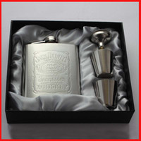 Wholesale 7 oz Stainless Steel Hip Flask Sets jack Flagon With Funnel Cups wine Whisky Hip Flask Portable Flagon bottle Gift Box Packing