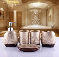 Wholesale New arrival Fashion Europe Style Resin Five piece Bathroom Set Bathroom Accessories Suit Best Birthday Married Gift