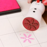 Wholesale 200PCS HHA257 New Hot Cute Wooden Snowman Stamp Snowflake Gift Scrapbooking Card Making Craft DIY Stamps