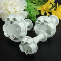 bee cookie cutter - 3pcs Bee Fondant Cake Cutter Biscuit Cookie Mold Sugarcraft Plunger Mould Decorating