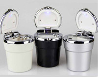 ashtray boy - HOT Fashion Plastic Car Ashtray Smokeless With Lids Ashtray LED Light Holder Ash Tray Gift For Boy Friend