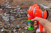 Wholesale New Outdoor toys kids bubble gun soap bubble blower machine fish and dolphins burbujas brinquedos bolhas de sabao