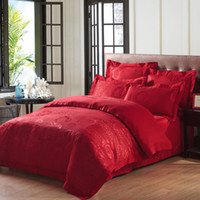 Cheap Luxury Red Wedding Bedding Set with 4 pc Crimson Rose Jacquard Silk Cotton Duvet Cover King Queen Bed Sheet 2 envelope pillowcase