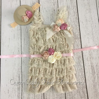 Wholesale Beige Petti Lace Romper Matching Baby Headband Flower Sash Flower Broche Baby Girl Outfit Photography Prop set