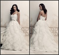 Wholesale 2015 Organza Ball Gowns Wedding Dresses Strapless Sweetheart Lace Bodice Ribbon Sash Tiers Ruffled Garden Fashion Bridal Gowns LM