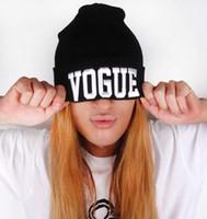 Prezzi Wool hat-Donne calde di vendita di Hip-Hop Hat VOGUE Skull Berretti cappelli lavorati a maglia cappello del crochet della protezione delle lane degli uomini della lettera Hat berretto da baseball cap hip hop Hat # 71777