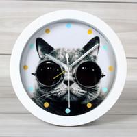 Wholesale Animal kitten alarm clock cat clock home decoration desktop clock quieten edition