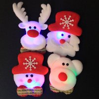 bear brooch - 1PCS LED Flashing Brooch Santa Snowman Bear Elk Design for Christmas Decoration Cartoon Brooch Decoration Badge Christmas Gift