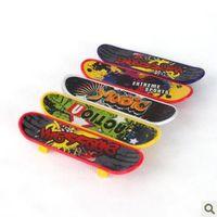 Wholesale Fingerboard Finger Skateboards Toys Professional Tools Graffiti Fashion Mini scooter Skate board Random Tech Decks