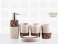 Wholesale Five pieces a set of bathroom set pallet belt fashion resin bathroom set bathroom accessories set