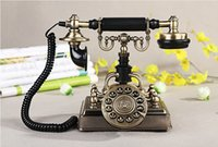 Wholesale Luxury Europe Antique Telephone Paramount S Royal Crown Vintage Metal Body Retro Phone Fixed Telephone CordPhone Fashion Home Decoration