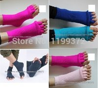 aching toes - Pairs Sports GYM Massage Five Toe SeParating Straightener Aching Separator Socks Foot Feet Alignment Sock Color