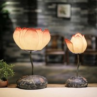 Wholesale Creative Chinese traditional classical sitting room bedroom study manual carve art beautiful resin lotus lamp button switch