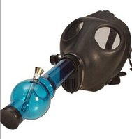 Cheap NEW BONGS Gas Mask Water Pipe Sealed Acrylic Hookah Pipe Vaporizer Filter Cool Smoking Pipe