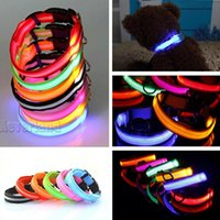 Wholesale LED Nylon Pet Dog Collar Night Safety LED Light up Flashing Glow in the Dark Lighted Dog Collars C05