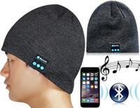 Wholesale Chrismas gift Hot Selling Soft Warm Beanie Hat Wireless Bluetooth Smart Cap Headphone Headset Speaker Mic For iPhone6s Samsung