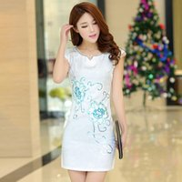 Wholesale sexy Shumei Lun spring and summer new Slim ethnic fashion improved side hand embroidered gauze dress cheongsam dress