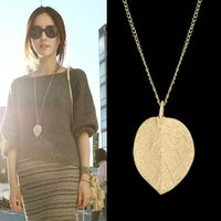 Wholesale Cheap Costume Jewelry Gold Color Alloy Leaf Design Pendant Necklace New For Women