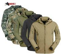 Cheap Outdoor shark skin soft shell jacket warm fleece jacket windproof jacket for camping hiking hunting